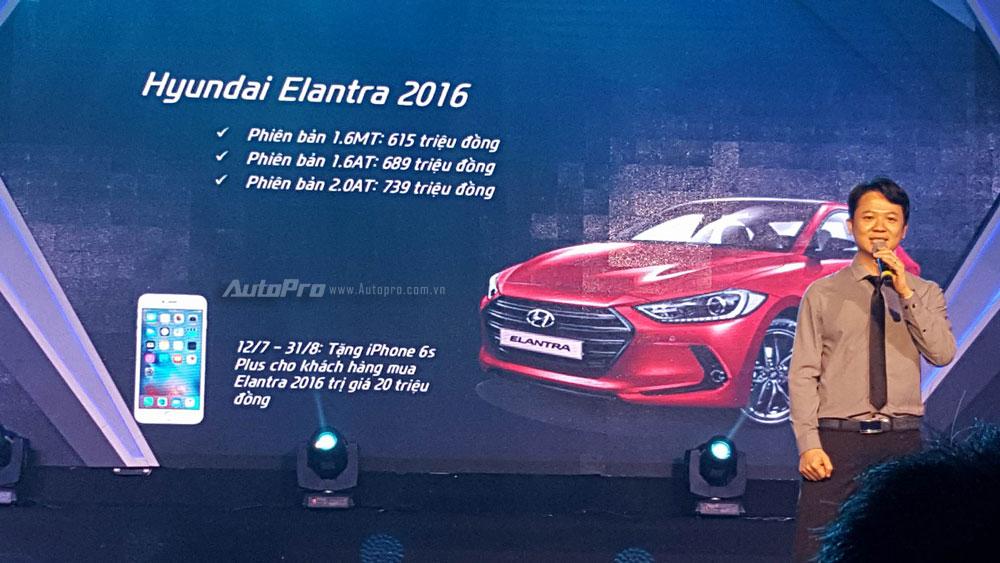 Tại thị trường Việt Nam, Hyundai Elantra 2016 được chia thành 3 bản trang bị với giá từ 615 - 739 triệu Đồng. Xe cạnh tranh với những đối thủ như Mazda3, Toyota Corolla Altis và Kia K3 tại thị trường Việt Nam.
