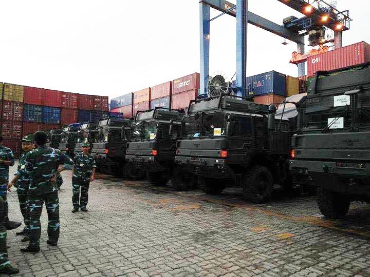 Dàn xe MAN HX58 vừa xuất hiện tại cảng Cát Lái.