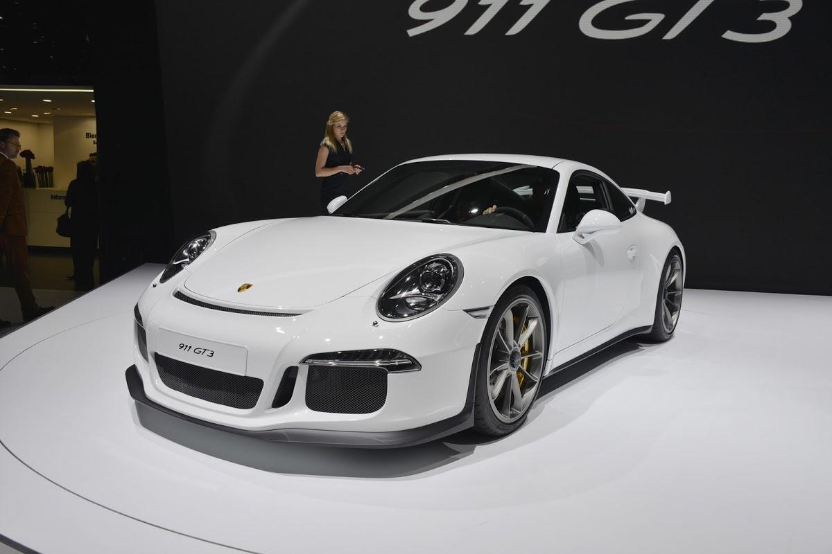 Honda mua Porsche 911 GT3 để phát triển Acura NSX. Ảnh minh họa