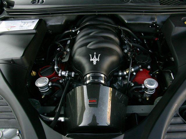 Maserati cũng sở hữu nhiều dòng xe có khoang động cơ được đánh giá cao về thiết kế.