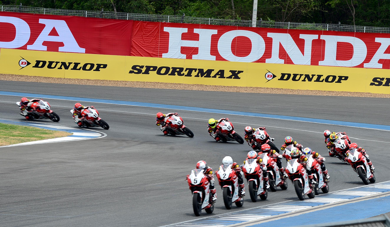 Honda Việt Nam mang đến giải đấu những tay đua với ngọn lửa nhiệt huyết, đam mê chiến thắng.