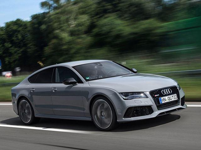 Màu ghi xám Nardo: Màu sắc này được Audi sử dụng đầu tiên cho các mẫu xe hiệu suất cao của hãng với hậu tố RS trong tên gọi như RS7, TT RS. Tuy nhiên, ngày nay, từ BMW đến Porsche hay thậm chí cả McLaren cũng yêu thích tông màu ghi xám cho các dòng xe thiên về sức mạnh. Ford cũng có cho riêng mình màu ghi xám và đặt tên là Avalanche Grey.