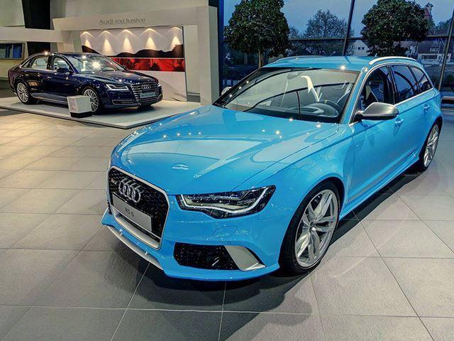 Cuối cùng là xanh trời Rivera Blue: Porsche, Audi hay Rolls-Royce dần yêu thích màu sơn cá tính và nổi bật này trên các dòng sản phẩm của hãng.