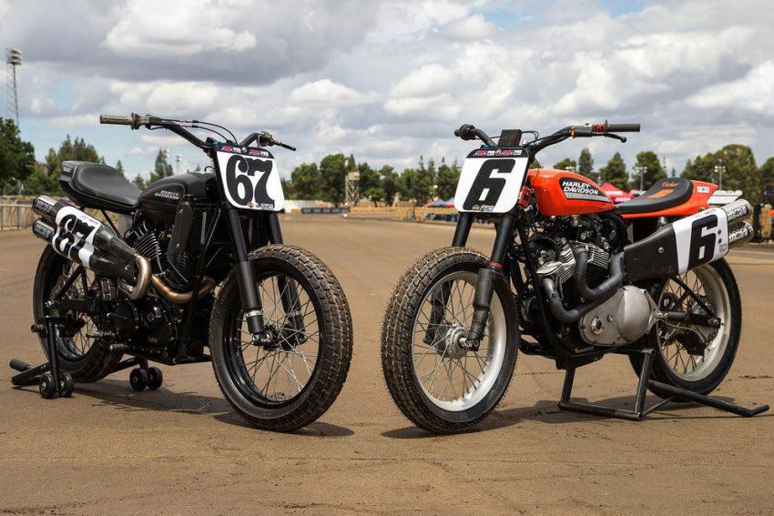 Harley-Davidson XG750R được sơn hai màu đỏ-đen và trông như 2 xe khác nhau nếu nhìn từ bên sườn.