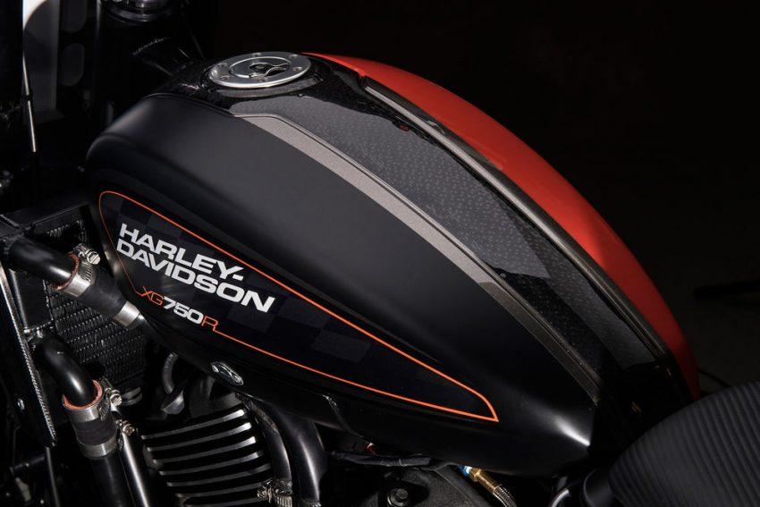 Bản thân khung xe đua của Harley-Davidson XG750R cũng được Vance & Hines Motorsports phát triển phù hợp với đường đua. Trước đây, Vance & Hines Motorsports đã từng hợp tác với hãng Harley-Davidson trong quá trình cải tiến động cơ Screaming Eagle dành cho xe đua V-Rod tham gia giải NHRA Pro Stock Motorcycle.