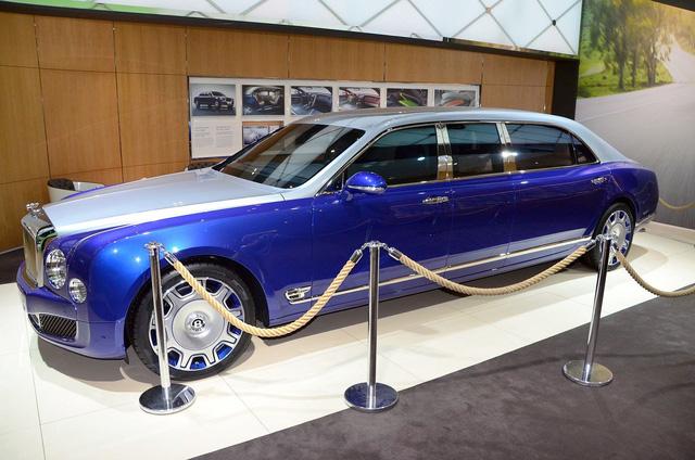 Bentley Mulsanne Grand Limousine trong triển lãm Geneva 2016