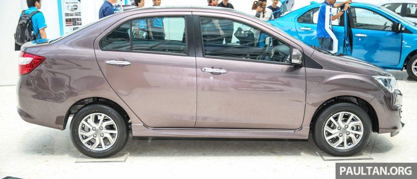 Perodua Bezza có tỷ lệ nội địa hóa lên đến 95%. Xe được phát triển dựa trên nền tảng của Perodua Axia với chiều dài cơ sở 2.455 mm, chiều dài tổng thể 4.150 mm, chiều rộng 1.620 mm và chiều cao 1.510 mm. Ngoài ra, Perodua Bezza còn được trang bị cốp xe khá lớn với dung tích 508 lít, nhỉnh hơn đối thủ Toyota Vios.
