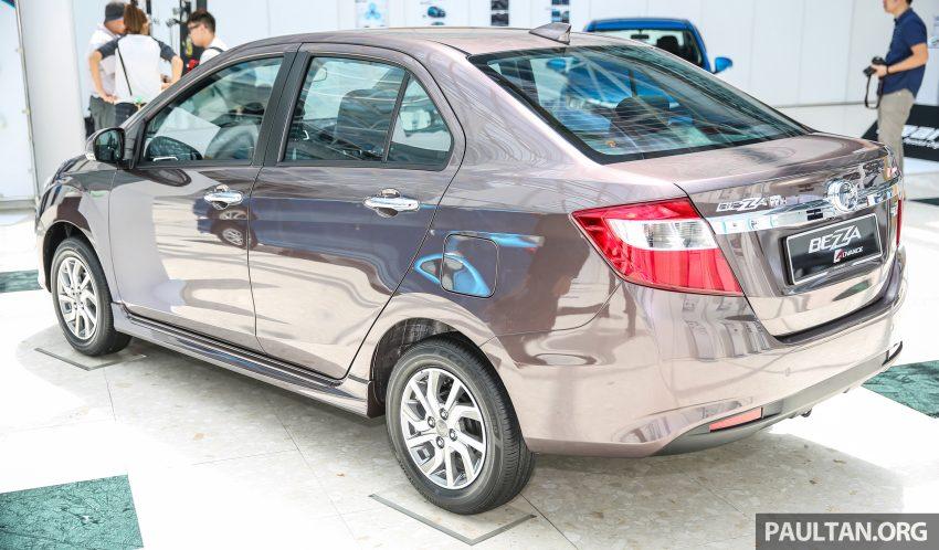 Tại thị trường Malaysia, Perodua Bezza có 2 tùy chọn động cơ khác nhau do Toyota sản xuất. Đầu tiên là động cơ xăng 3 xy-lanh, dung tích 1.0 lít với công suất tối đa 67 mã lực tại vòng tua máy 6.000 vòng/phút và mô-men xoắn cực đại 91 Nm tại vòng tua máy 4.400 vòng/phút.