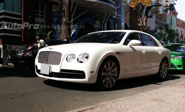Bentley Flying Spur bản V8 khá được ưa chuộng.