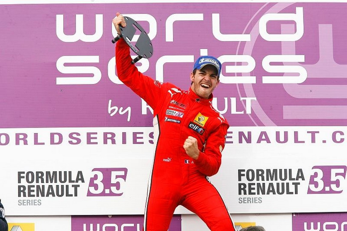 Jules Bianchi đoạt giải vào tháng 9/2012.