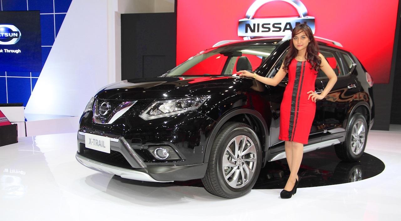 Nissan X-trail 2016 ra mắt tại triển lãm Bangkok Motor Show 2015.