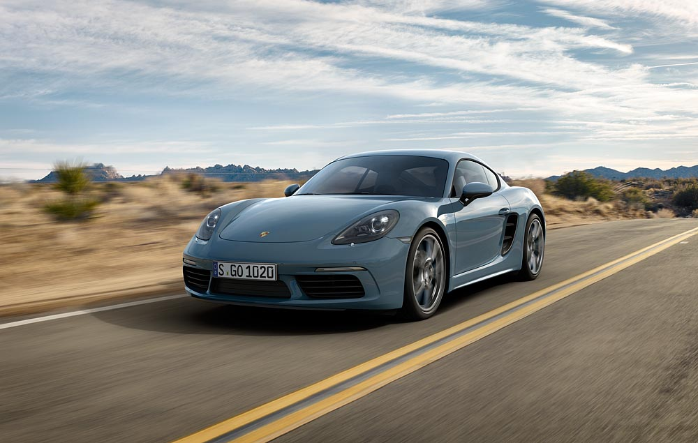 Porsche 718 Cayman thế hệ mới được nhập khẩu chính hãng về Việt Nam.