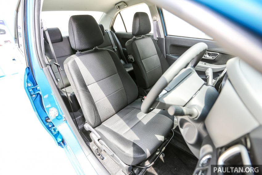 Về trang thiết bị, Perodua Bezza bản tiêu chuẩn có vành hợp kim 14 inch, ghế bọc nỉ, vô lăng bọc Polyurethane, dàn âm thanh với cổng USB, tựa đầu ghế sau cố định, ghế sau gập 60:40, cốp mở từ xa, gương gập chỉnh tay, cửa sổ chỉnh điện, 2 túi khí, hệ thống chống bó cứng phanh ABS và phân bỏ lực phanh điện tử EBD.
