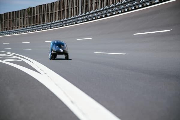 Ban đầu, xe được thiết kế để tranh tài tại giải đua 2014 Shell Eco Marathon. Tuy nhiên, TUfast eLi14 bất thành trong việc chinh phục danh hiệu lớn. Tới nay, xe được nâng cấp động cơ, điều chỉnh vị trí của động cơ điện nhằm đạt được khả năng di chuyển xa nhất với ít nhiên liệu nhất.