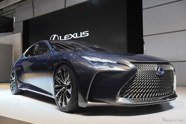 Hãng Lexus đã chính thức vén màn mẫu xe concept LF-FC hoàn toàn mới trong triển lãm Tokyo 2015. Dự đoán, LF-FC chính là hình ảnh xem trước của Lexus LS thế hệ mới.