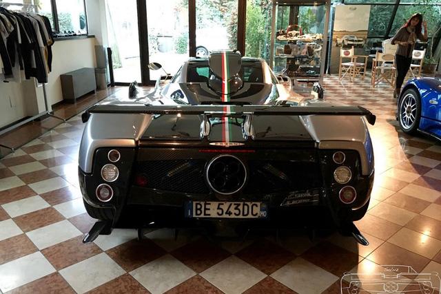 Chiếc Pagani Zonda chạy nhiều như taxi sau khi được phục chế.
