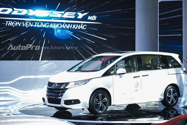 Honda Odyssey thế hệ thứ 5 được giới thiệu tại VMS 2015.