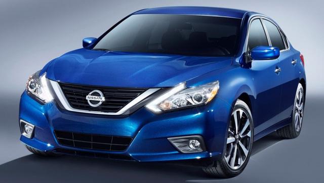 9. Nissan Altima/Teana: 333.398 chiếc