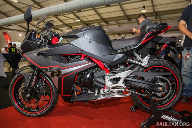 Xe mới Naza N5R 2016 mẫu mô tô thể thao phân khối nhỏ tại Malaysia 2.