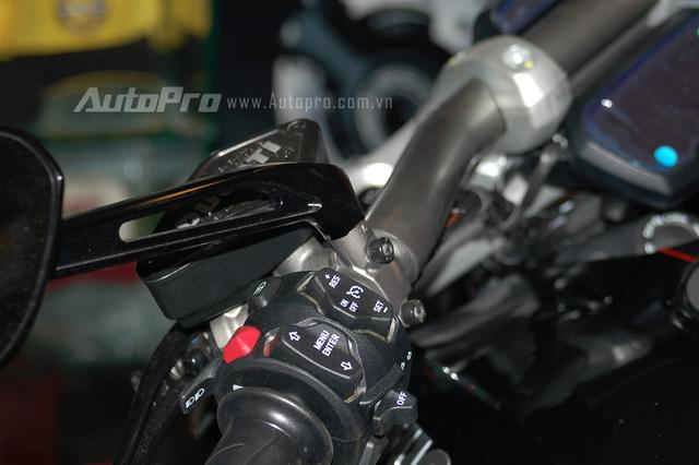 Ducati XDiavel 2016 được trang bị 3 chế độ lái là Sport, Touring và Urban. Ngoài ra, còn có công nghệ Ducati Power Launch có tác dụng hỗ trợ khi xe xuất phát.