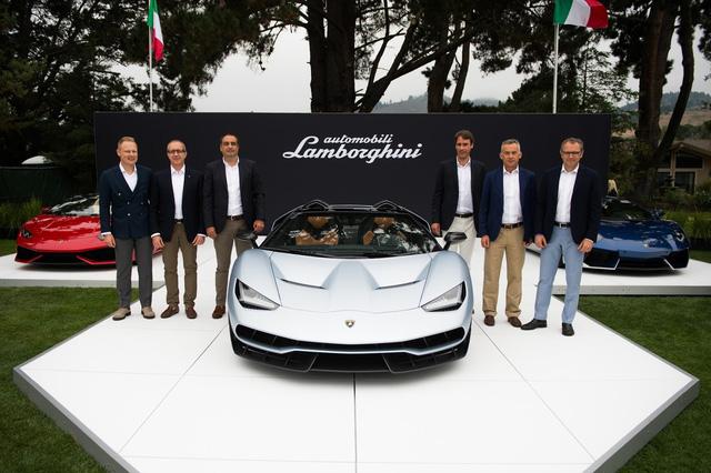 Tại lễ hội Pebble Beach Concours D'Elegance 2016 đang diễn ra, Lamborghini chính thức trình làng phiên bản mui trần của mẫu siêu xe kỷ niệm sinh nhật 100 năm ngày sinh nhà sáng lập Ferruccio Lamborghini.