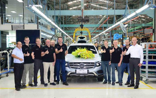 Mercedes-Benz GLC đầu tiên rời dây chuyền lắp ráp tại nhà máy Quang Trung, Quận Gò Vấp.