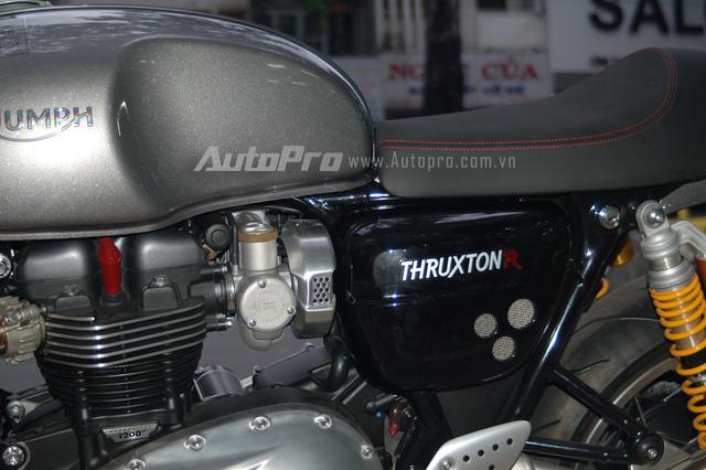 Hiện chưa rõ mức giá bán cho chiếc Triumph Thruxton 1200R 2016 đầu tiên tại Việt Nam, tại thị trường nước ngoài xe có giá bán 14.500 USD.