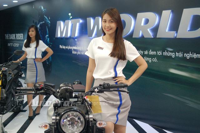 Tại thị trường nước ngoài, Yamaha XSR 900 có giá bán khoảng 7.500 Euro, tương đương 190 triệu Đồng.