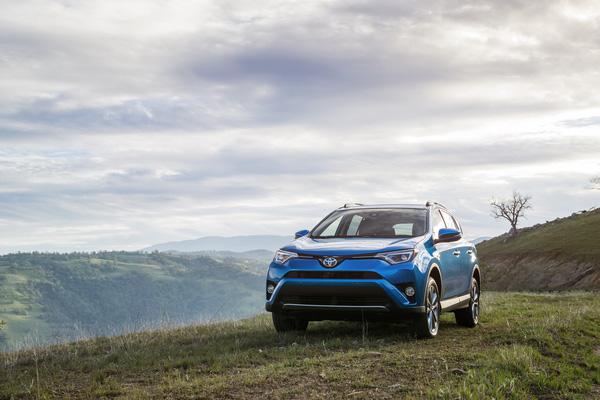 Volkswagen mẫu xe ô tô bán chạy nhất năm 2016