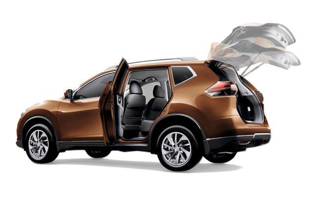 Công nghệ mở cửa hậu rảnh tay trên Nissan X-Trail mới.