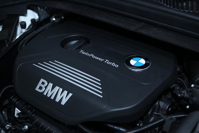 Khối động cơ TwinPower Turbo dung tích 1,5L được trang bị trên BMW Series 2.