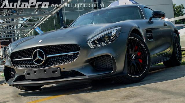 AMG GT S Edition 1 đầu tiên tại Việt Nam do một người chơi xe tại Sài Thành đặt hàng chính hãng.