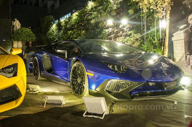 Cận cảnh Lamborghini Aventador LP750-4 SV.