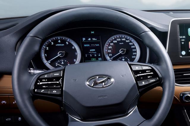 Cụm đồng hồ sau vô lăng Hyundai Azera thế hệ mới