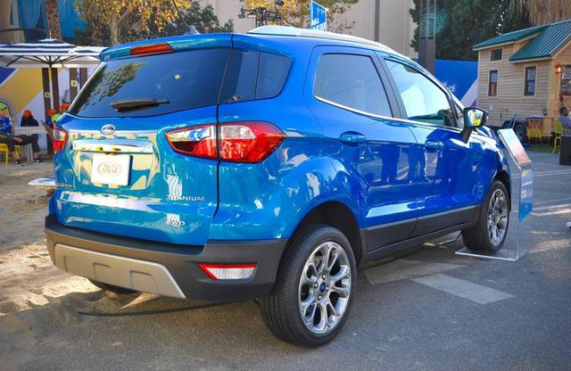 Ford EcoSport vốn đã được bày bán tại nhiều thị trường trên thế giới như Việt Nam, Thái Lan, Trung Quốc, Ấn Độ và châu Âu trong suốt những năm qua. Đây là lần đầu tiên Ford EcoSport được giới thiệu với người tiêu dùng quê nhà Mỹ.
