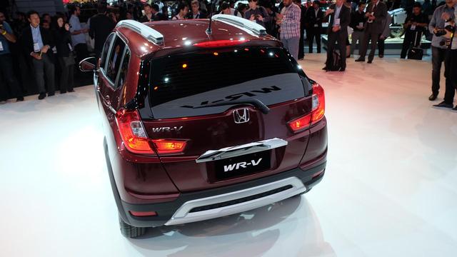 Dự kiến, Honda WR-V sẽ bắt đầu được bày bán trên thị trường Brazil vào quý I năm sau. Giá bán của Honda WR-V hiện vẫn chưa được hé lộ. Sau Brazil, Honda WR-V sẽ tiếp tục được giới thiệu tại các thị trường Nam Mỹ khác.
