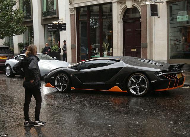 Siêu phẩm Lamborghini Centenario cực đắt và hiếm