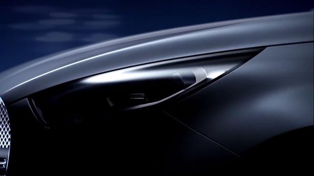 Cụm đèn pha của mẫu xe bán tải đầu tiên do Mercedes-Benz phát triển