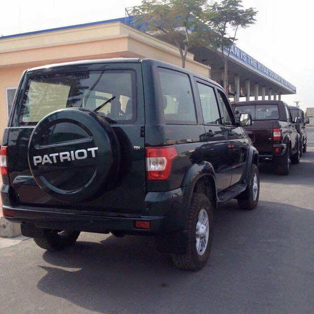 UAZ Patriot cập cảng Hải Phòng dùng động cơ diesel