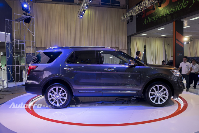 Đây là mẫu SUV nhập khẩu từ Mỹ chứ không phải Thái Lan như các mẫu xe Ford nhập khẩu khác, và sẽ sẵn sàng để phục vụ khách hàng Việt Nam từ cuối năm nay.