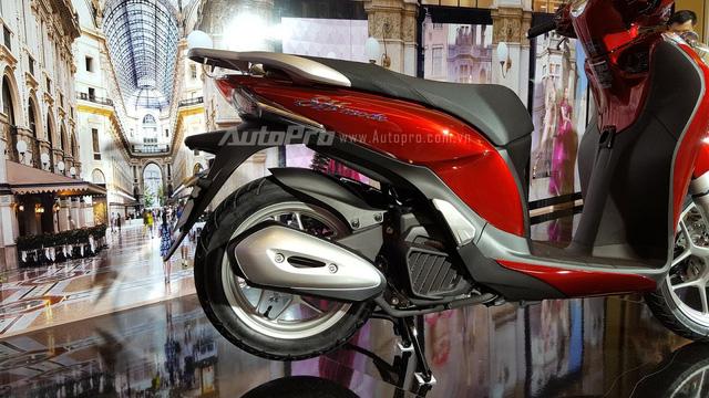 Không chỉ ra mắt SH 125i/150i 2017, Honda Việt Nam còn giới thiệu SH Mode 125 mới - Ảnh 13.