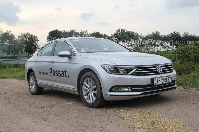 Volkswagen Passat 2016 được phân phối tại Việt Nam.