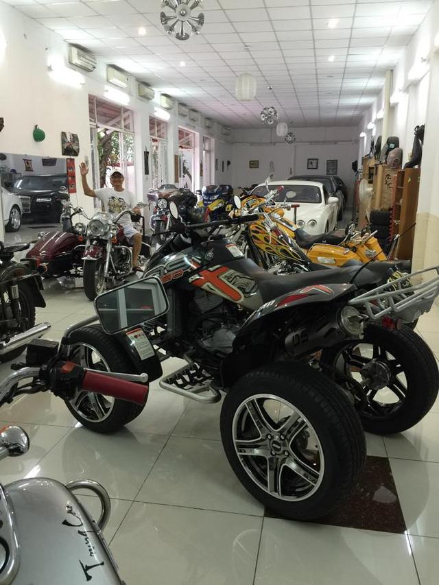 Ngoài dàn siêu xe khủng, đại gia y tế còn có bộ sưu tập mô tô khiến nhiều biker phát thèm - Ảnh 13.