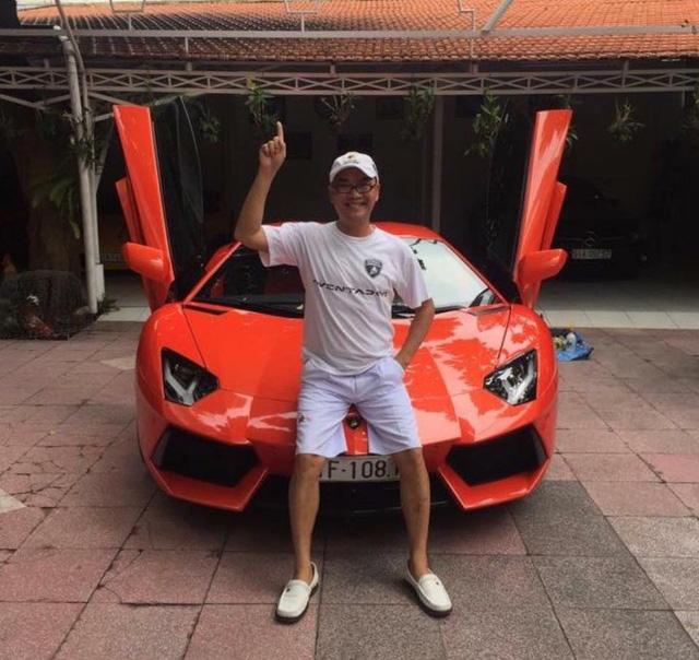 Khám phá bộ sưu tập siêu xe cực khủng của chủ tịch hội thiết bị y tế TP. Hồ Chí Minh - Ảnh 1.