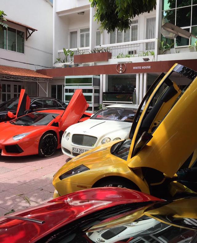 Khám phá bộ sưu tập siêu xe cực khủng của chủ tịch hội thiết bị y tế TP. Hồ Chí Minh - Ảnh 12.