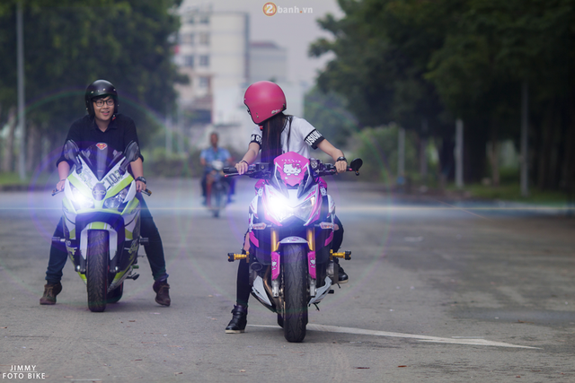 Nguyễn Lâm Thanh Tú chỉ mới sinh năm 1995, và nên duyên cùng với những chiếc PKL do truyền thống gia đình, ba và anh trai Tú đều là những người chơi xe lâu năm. May mắn khi có ba và anh trai đều là những người chơi xe phân khối lớn, nên Tú mới dễ dàng bước vào con đường này. Cảm giác từ ngồi sau lưng ba từ bé, tới khi cầm lái những chiếc xe phân khối lớn trong các hành trình dẫn đoàn mang đến cho Tú nhiều trải nghiệm thú vị nữ biker 20 tuổi chia sẻ.
