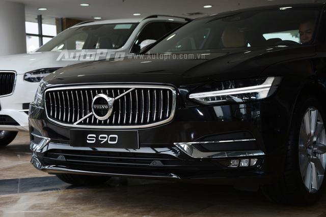 Volvo S90 2017, đối thủ Mercedes-Benz E-Class, chốt giá 2,7 tỷ Đồng ở Việt Nam - Ảnh 6.