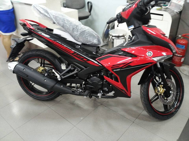 Yamaha Exciter 150 RC màu đỏ-đen mới...