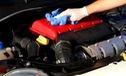 Khỏi tốn tiền ra gara, khoang động cơ ô tô sẽ sạch bong với cách vệ sơn đơn giản này
