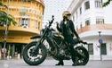 Nữ biker khiến nhiều người phải ngước nhìn khi